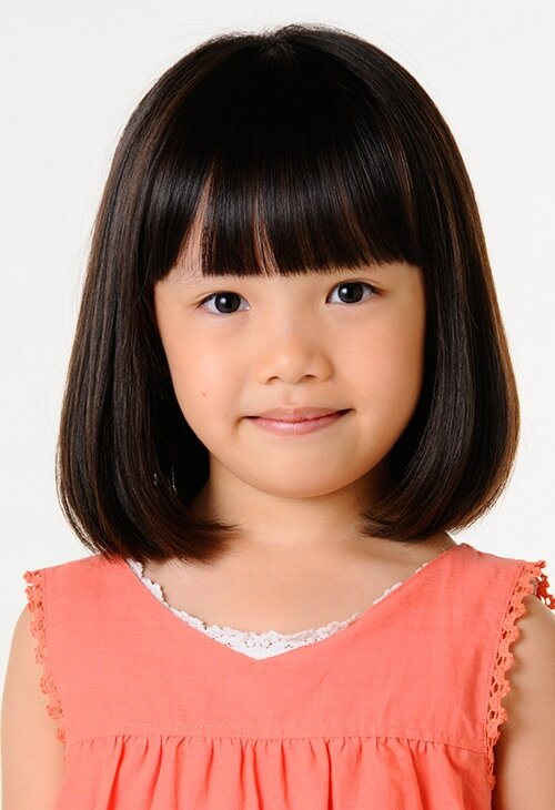 粟野咲莉は小学校3年生!驚きの演技とは?噂の姉は一体誰?!父親と母親はどんな人?